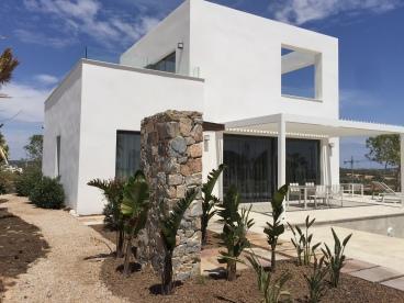 Jilguero Villa – Orquidea Community Las Colinas