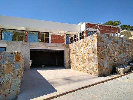 Madrono 34 basement - garage